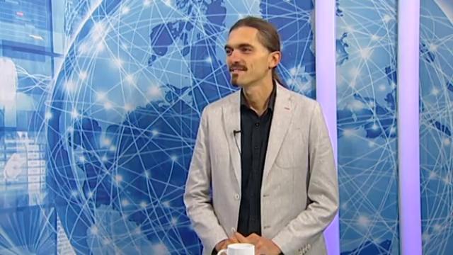 Евгени Кръстев